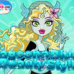 Lagoona blue beauty style öltöztetős Monster high játék
